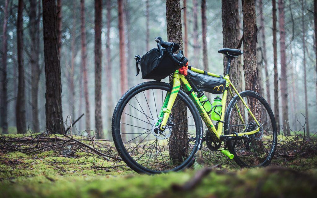 sacoche de cadre bikepacking